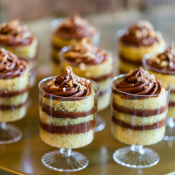 Mini Trifle Cake Cups