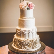 Romantic Elegant Wedding Cake