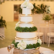 Gold Boxwood Wedding Cake